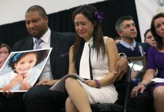 Newtown Commemorates One Month Anniversary Of Elementary School Massacre